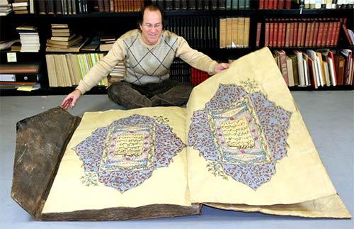 A big Koran